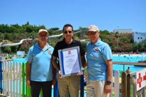"""El parque acuático Terra Natura recibe el certificado """"Seguridad probada""""."""